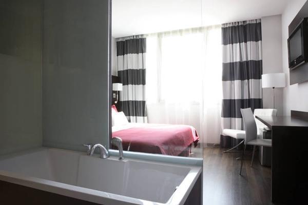Radio Baño Minusvalidos:Habitaciones – Hotel Villa Olimpic@ Suites, Barcelona